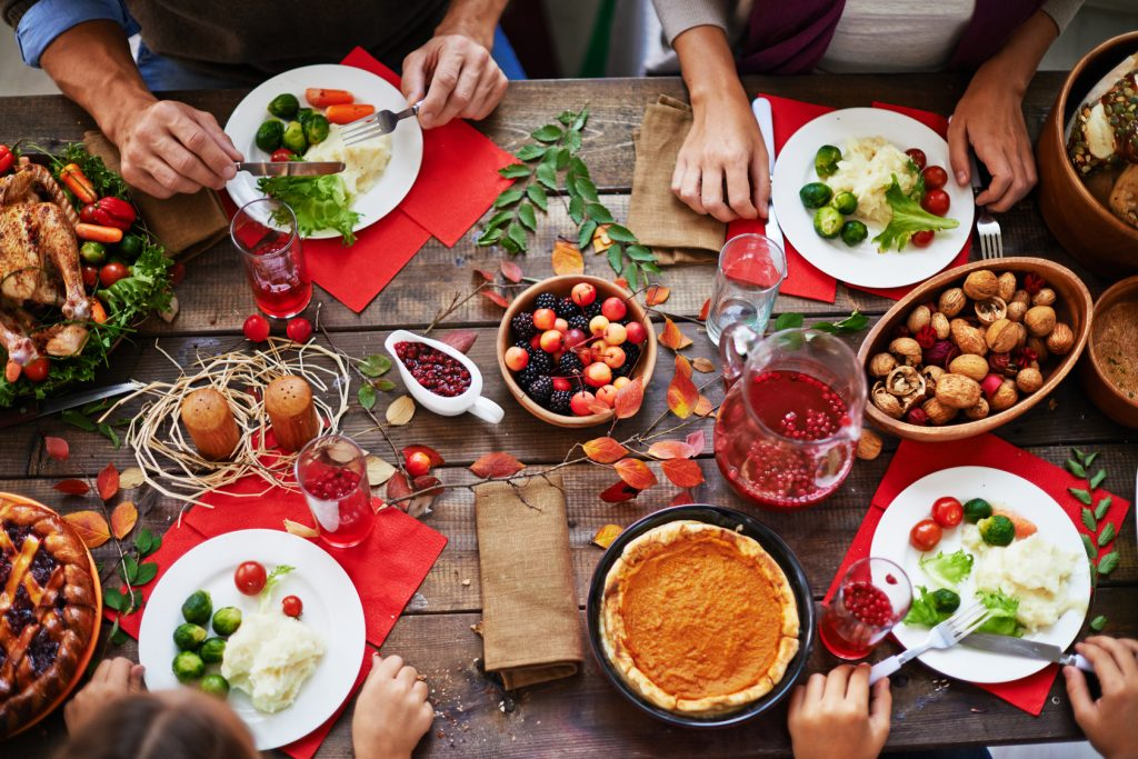 5 Clean Meals this Thanksgiving - Table view - Simply Gym