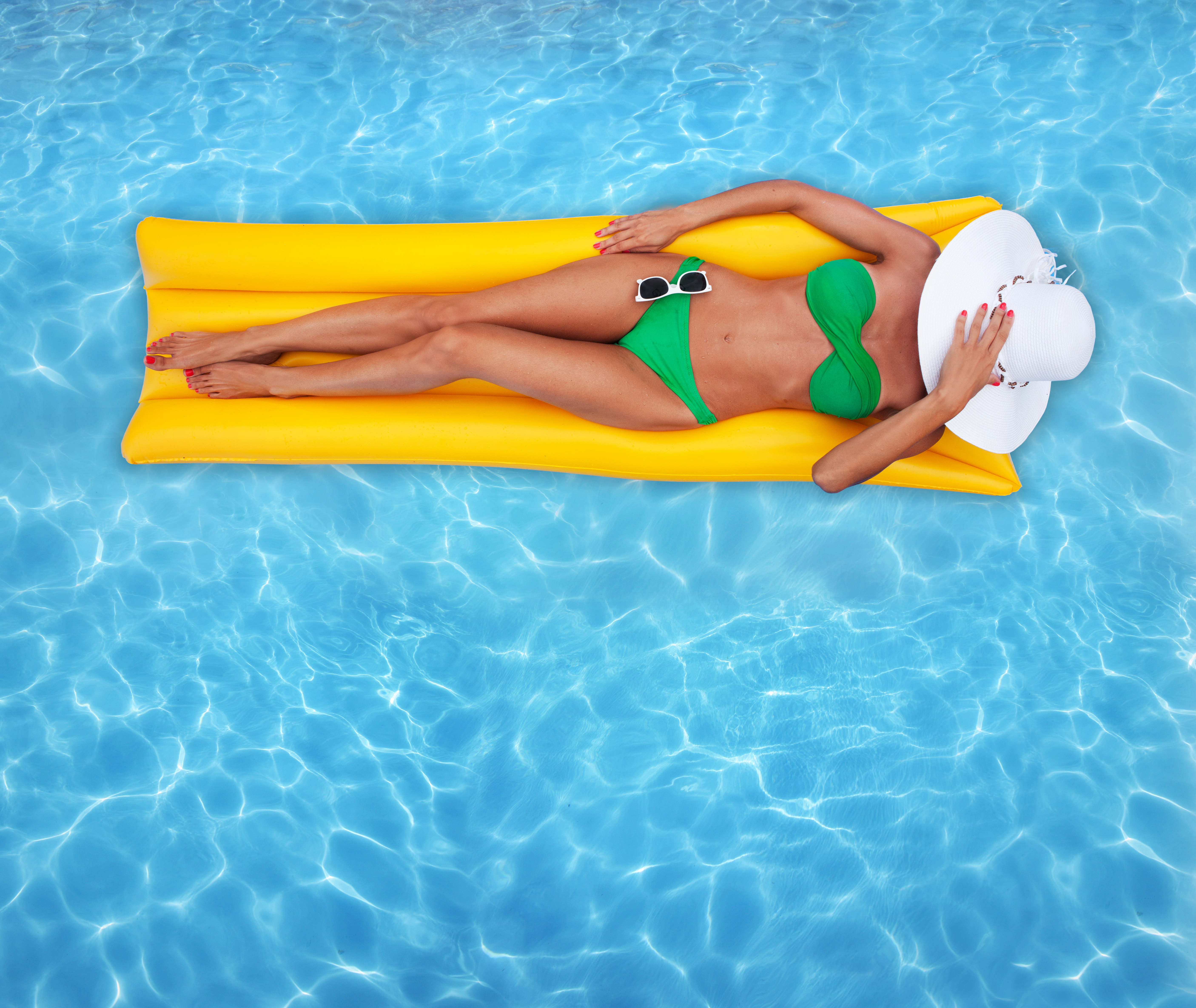 Top 5 nutrition tips for your best summer body simply gym - Opening a swimming pool after winter ...